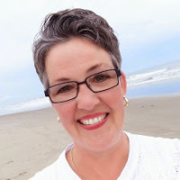 SusanBeach2014xSquare