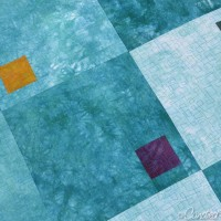 Blogger's Quilt Festival | Modulating Squares