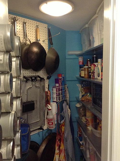 clean-pantry-04
