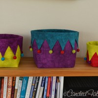 3 Sizes of Pet Jester Baskets!