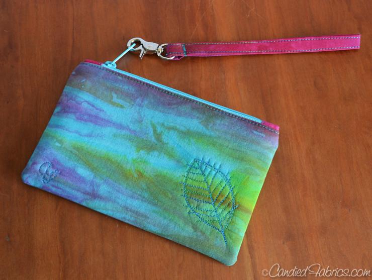 Aurora-Zip-wristlet-1