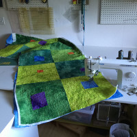 Studio Snapshots | A Modulating Squares Quilt for Liam part 2